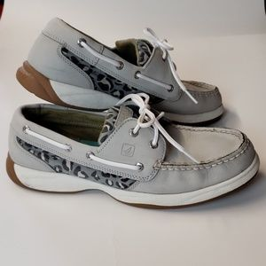Size 9  Gray and leopard Sperry topsiders    b86